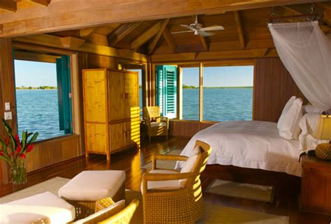 exclusive  bedroom  water bungalow belize