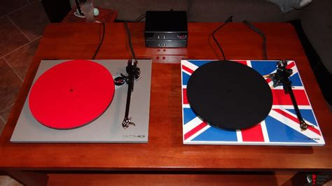 Rega Rp40 Turntable For Stereo Made In mint rega rp40 40th anniversary special edition sold
