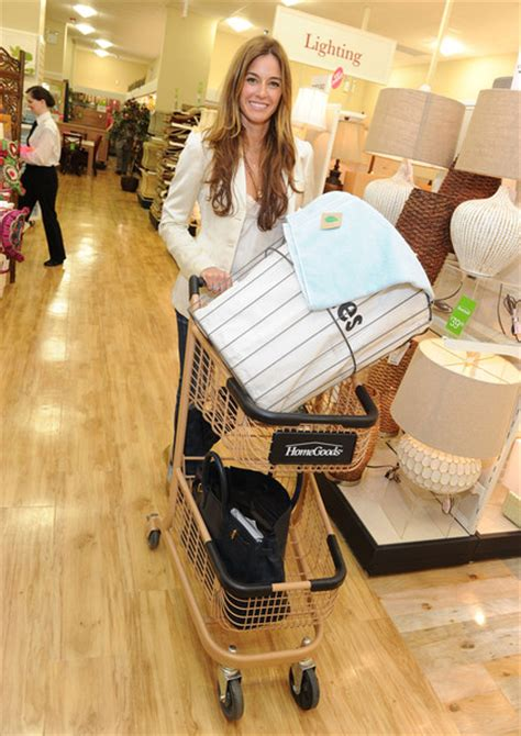 homegoods celebrates grand opening of its manhattan