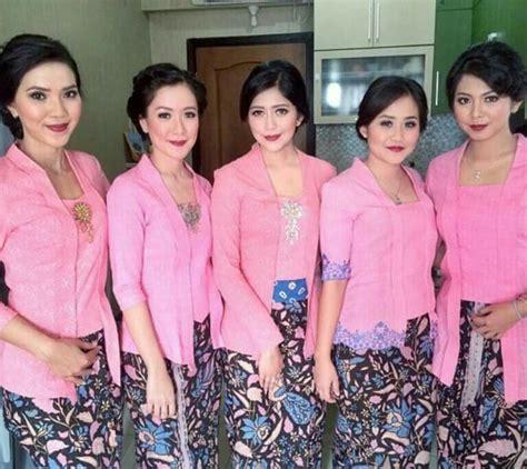Kebaya Batik Etnik Set inspirasi kebaya batik tiga negri set embos batik