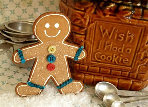 How To Make A Gingerbread Out Of Paper - diy gingerbread decoration paper and stitch