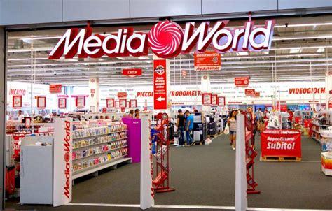 sedi mediaworld la richiesta d aiuto dei lavoratori mediaworld arriva al