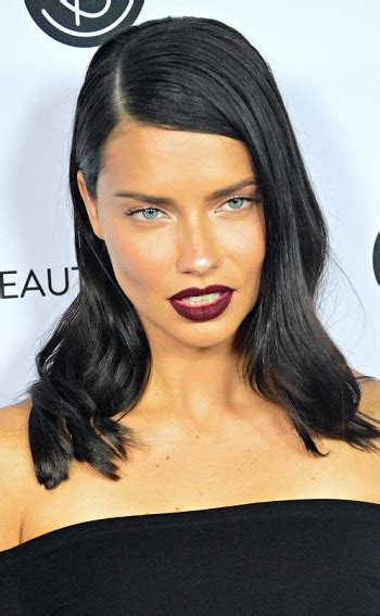 adriana lima cool short hairstyles for women hairstyles adriana lima medium straight hairstyle