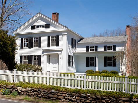 greek revival farmhouse american house styles learn the basics