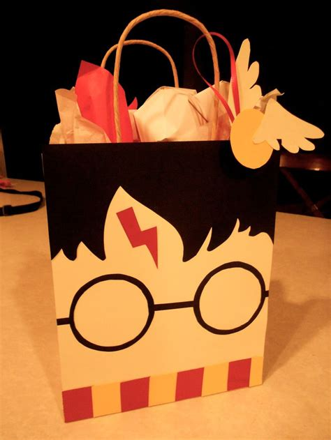 harry potter gift wrapping ideas pin by ashlee haynie on apartment 55