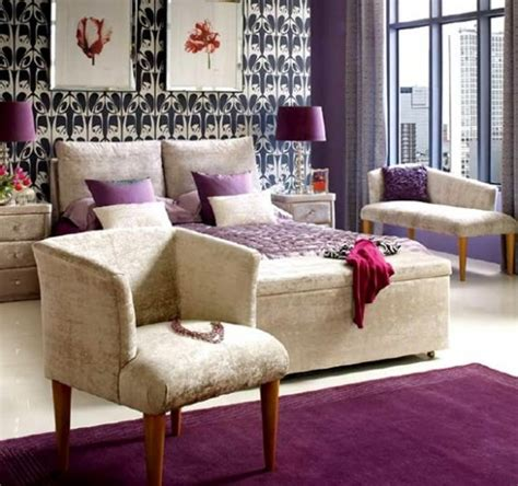 Bedroom With Purple Accents by Purple Accents In Bedrooms 51 Stylish Ideas Digsdigs