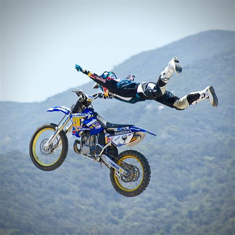 how to jump a motocross bike down and dirty on dirtbikes j4h magazine