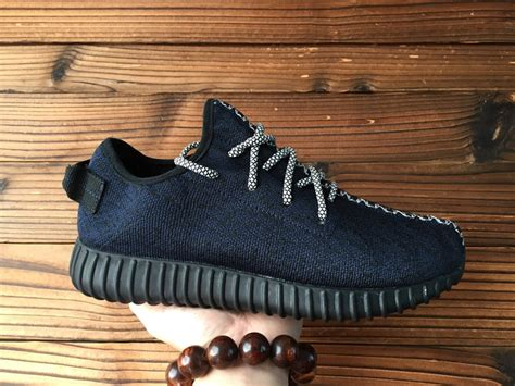 Sepatu Pria Adidas Yeezy For Made In Maroon Sol White adidas yeezy navy