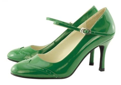 green wedding shoes citrus wedding elements for you and your squeeze