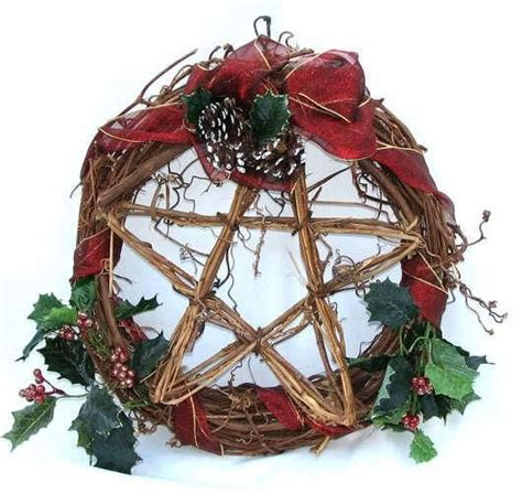 pagan christmas decorations 17 best ideas about yule crafts on yule decorations yule and winter solstice traditions