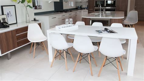 white dining room table extendable fern white gloss extending dining table danetti uk