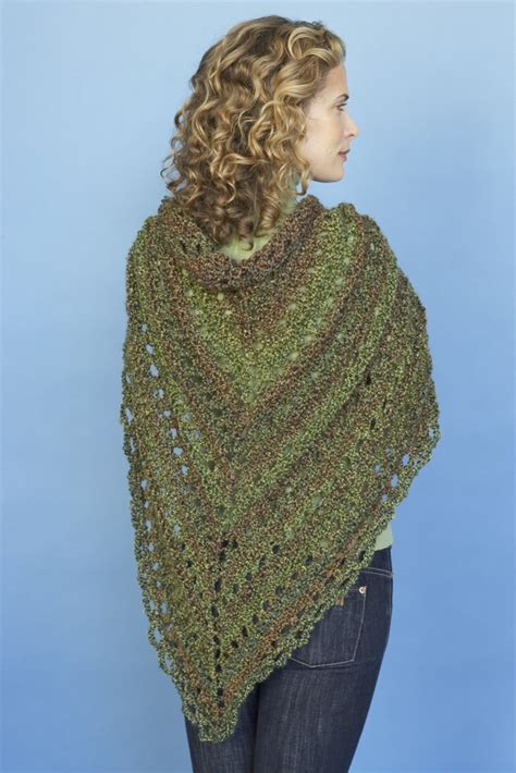 splendid triangle shawl  lion brand homespun ad