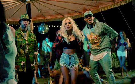 dance tutorial pia mia do it again video pia mia feat chris brown tyga do it again