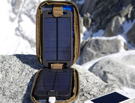 solar monkey charger solar monkey adventurer charger 187 gadget flow