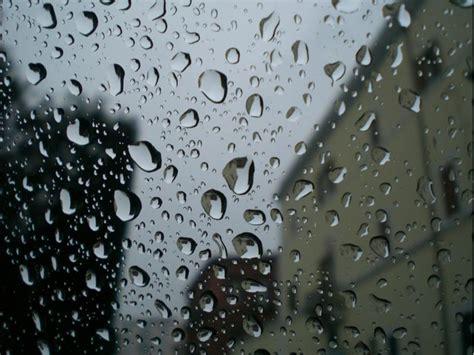 testo in un giorno di pioggia inizio settimana con la pioggia mercoled 236 torna bello