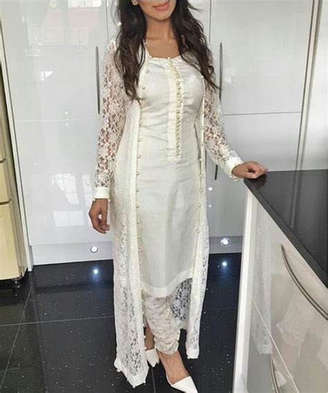 dress design in white colour white color functions wear girls outfits 7