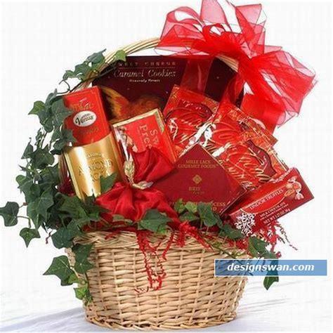 beautiful gifts 20 beautiful gift baskets for christmas design swan