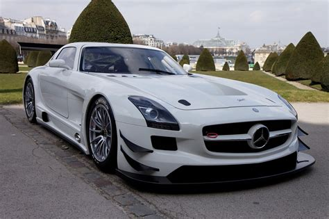 mercedes amg sports cars mercedes amg wallpaper