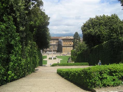 i due giardini due giardini un tour boboli e bardini guided florence tours
