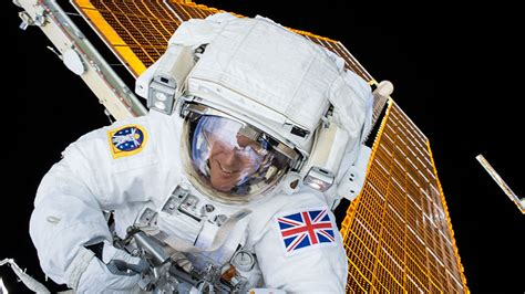 Esa Background Check Crew Checks Spacesuit Continues Advanced Research And Preps For Next Spacewalk