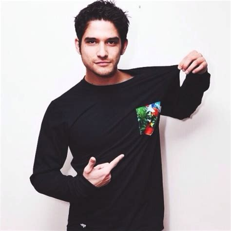 Layout Twitter Tyler Posey | tyler posey twitter icons tumblr