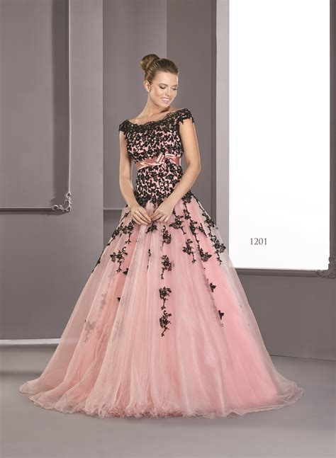 To Be Gown by Choose Your Best Evening Gowns For A Look