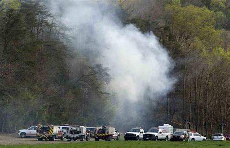 boat crash knoxville tn johnson city press update 5 killed in tourist helicopter