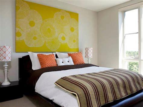 bett dekorieren 6 tips for selecting luxurious bedding hgtv
