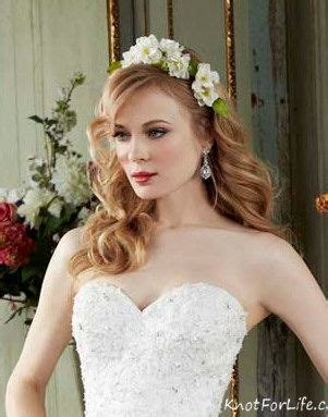 Wedding Hairstyles For Medium Length Hair With Flowers by Wavy Do Bridal Hairstyle For Medium Length Hair With