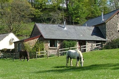 exmoor accommodation cottages b and b bed and