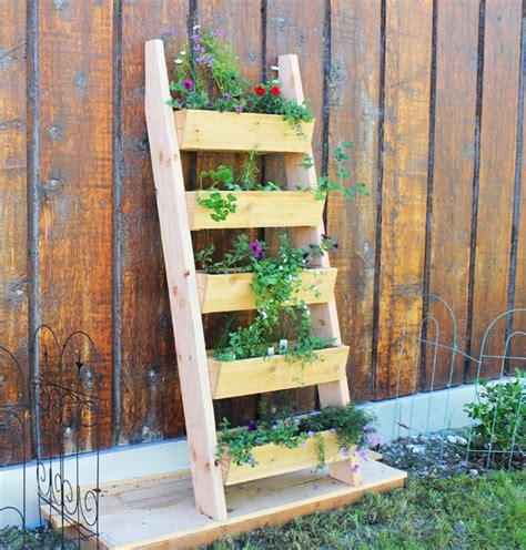 Build Your Own Planter by 40 Garden Ideas For A Small Backyard