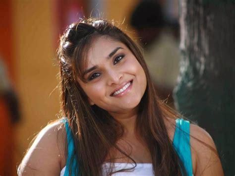 zee kannada heroine photos ramya hd wallpapers all heroines photos