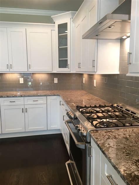 gray kitchen backsplash best 25 gray subway tile backsplash ideas on pinterest