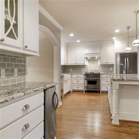 kitchen design houzz for designs fbe1f8390ffdac55 0760 bianco antico granite with gray subway tiles kitchen