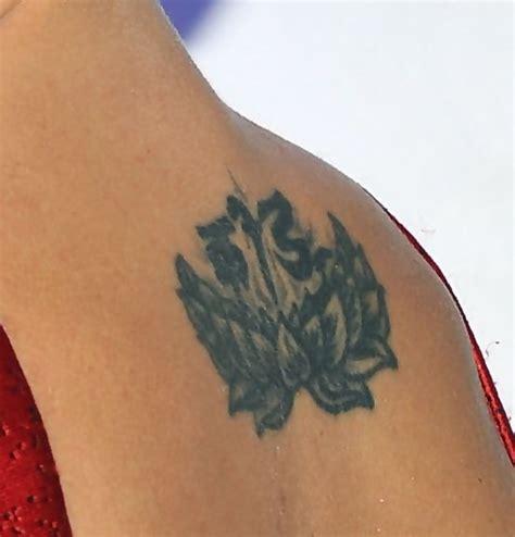 malin akerman tattoo malin akerman inked s back tattoos