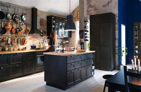 Supérieur Credence Cuisine Inox Ikea #7: cuisine-noire-sur-mur-credence-en-brique-ikea.jpg