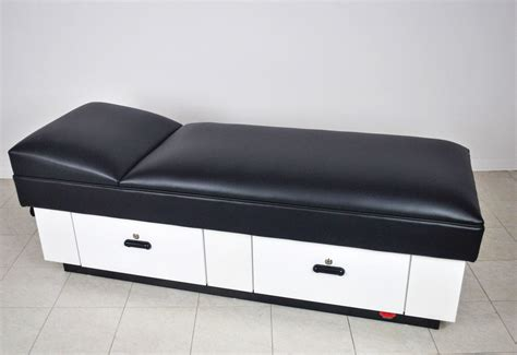 recover couches fixed headrest recovery couch wmc manufacturing