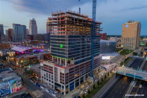 two light kansas city two light tower construction in kansas city july 2017