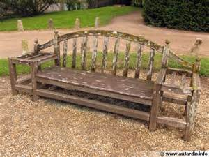 l entretien du mobilier de jardin en bois