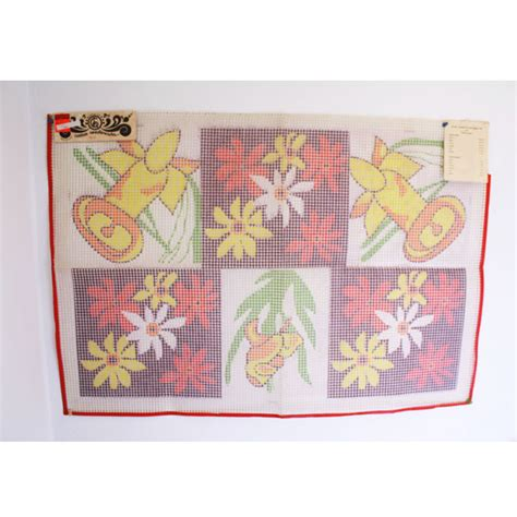 rug hooking canvas latch hook rug canvas poinsettia pattern