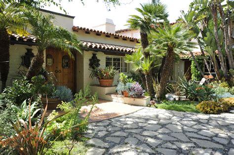 spanish style backyard pin backyard patiojpg on pinterest