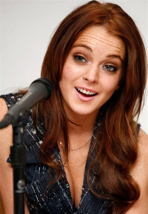 lindsay lohan with medium ash blonde hair very long and curly source hairstyles7 net 17 best images about i want copper on pinterest her