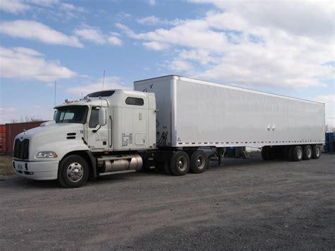 semi trailer truck truck alumni refines semi truck trailers snyder trucking