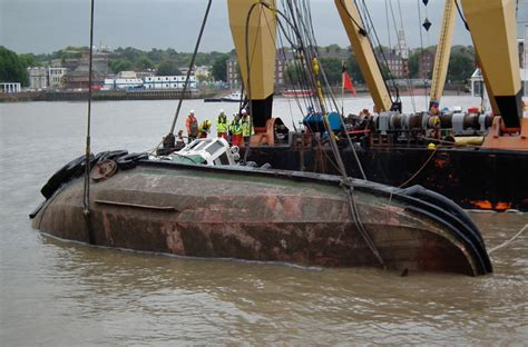 tugboat deckhand lifejacket could have saved tugboat deckhand ybw