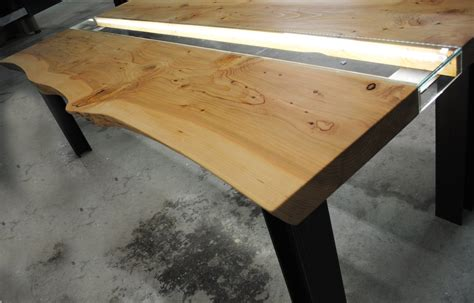 tavolo illuminato tavolo legno e vetro illuminato