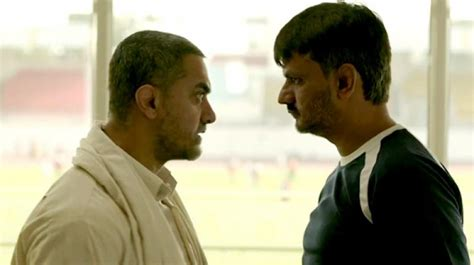 biography of movie dangal aamir s dangal loved by all except geeta babita phogat s