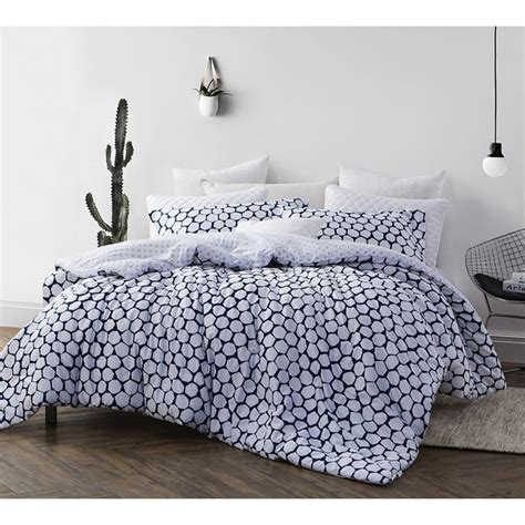 xl twin comforter size best 25 twin xl comforter ideas on pinterest college