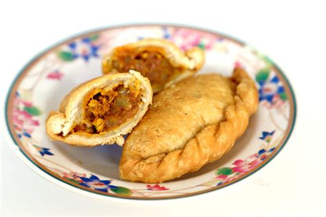 Chicken Curry Puff 6 must try curry puffs in singapore you wanna eat em all