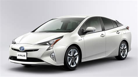 new uing toyota cars in india toyota motor relaunch toyota prius hybrid in early 2017 in