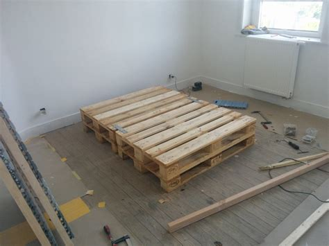 bed pallets l 214 nset pallet bed ikea hackers ikea hackers
